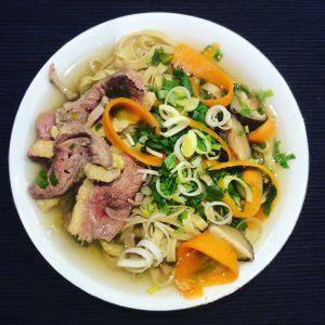 soupe de nouilles chinoises au canard