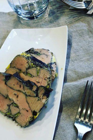 foie gras poché au vin rouge
