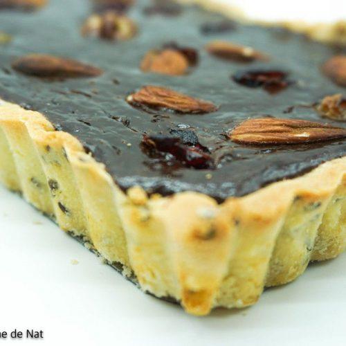 tarte au choclat noir et fruits du mendiant
