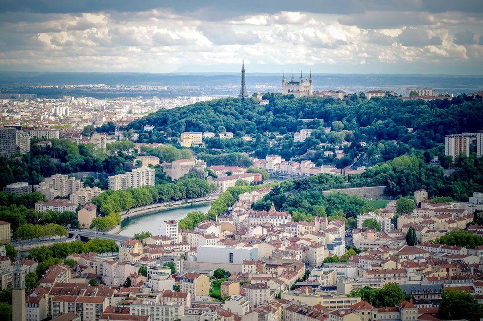 Vue de Lyon, la Saone et Fourviere par Karine Bourgain, photographe lyonnaise