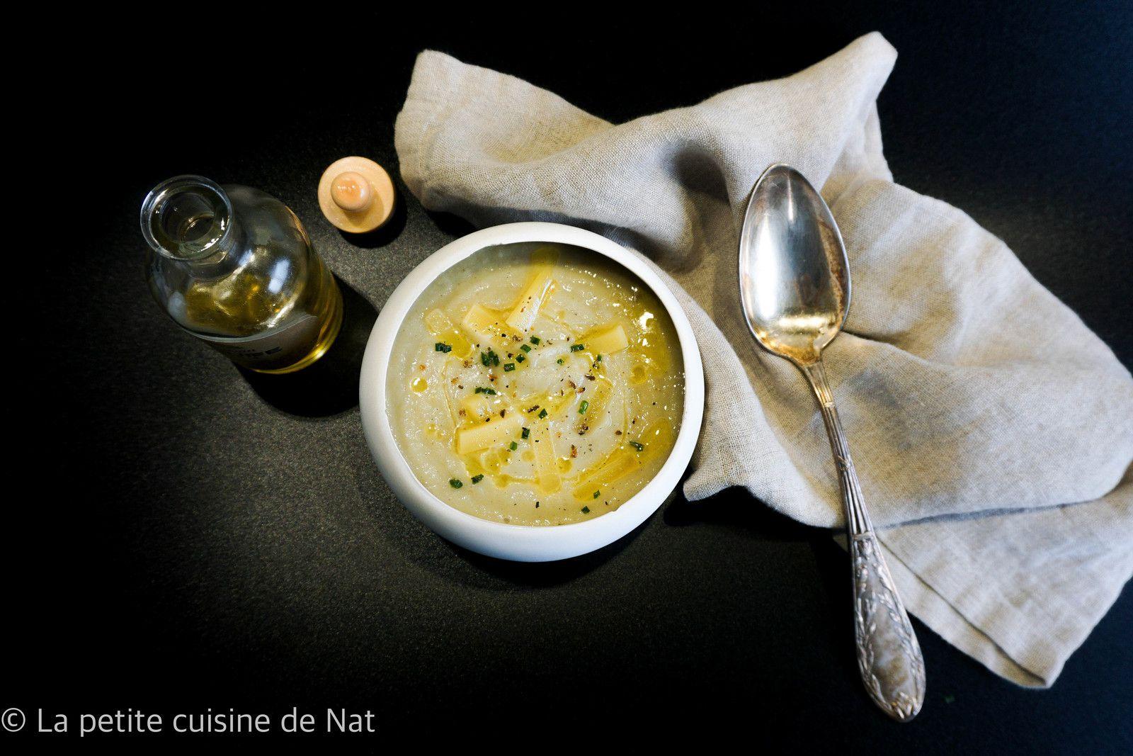 velouté d'artichaut, huile de truffe et lardons de beaufort