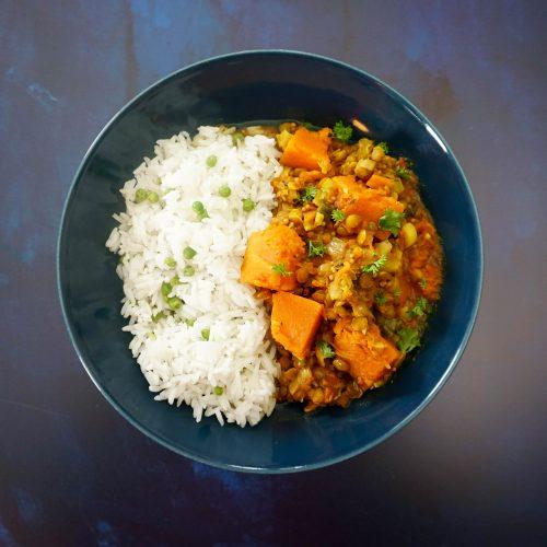 curry de courge et riz aux petits pois