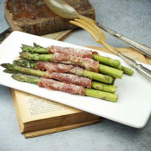 asperges vertes grillées, coppa et parmesan